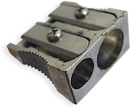 Точилка металлическая на два лезвия