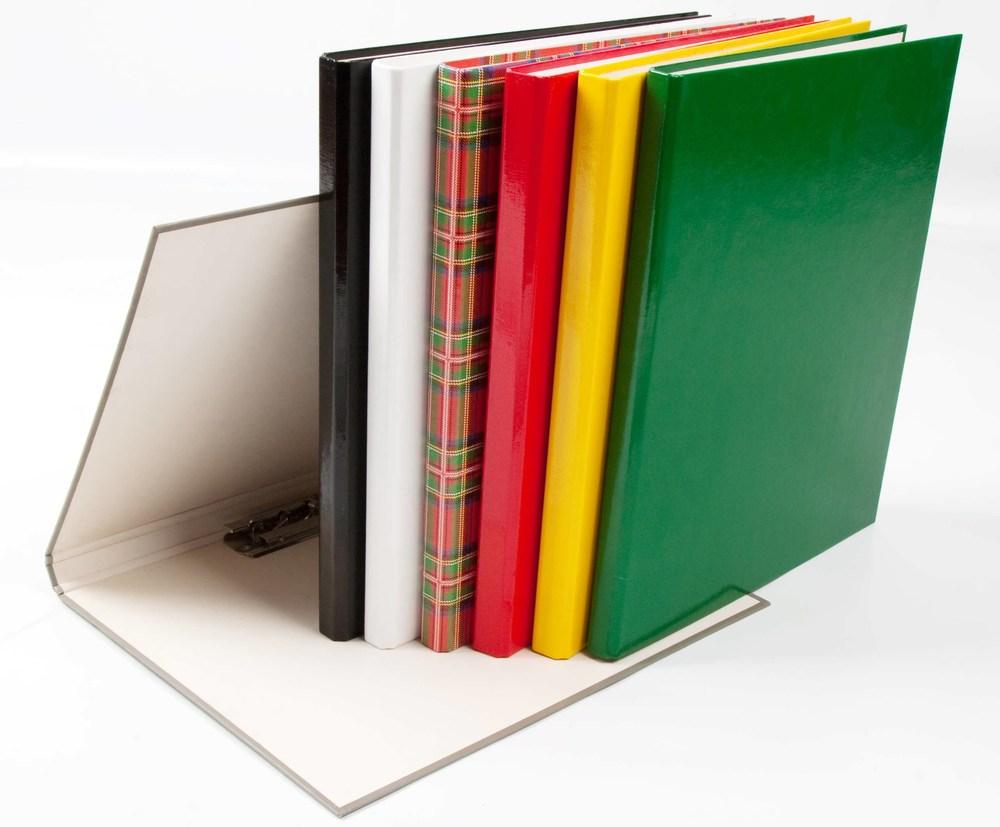 Папка  А4 20мм с боковым зажимом,зеленая