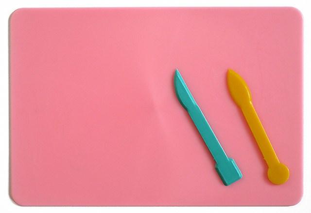 Дошка для пластиліну 220 * 150 + 2 стека, асорті кольорів